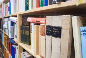 Научно-практическая конференция «Бодлер — 2021» пройдет в Литературном институте. Фото: pixabay.com