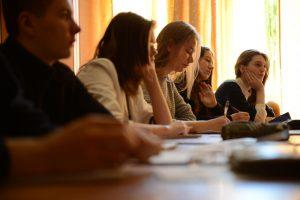 Профессора Сеченовского университета провели мастер-класс для школьников. Фото: «Вечерняя Москва»