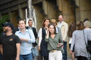 Пешеходную экскурсию по Театральной площади организуют работники библиотеки №10. Фото: Пелагия Замятина, «Вечерняя Москва»