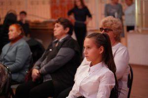 Концертная программа состоится в районном центре социального обслуживания. Фото: Денис Кондратьев