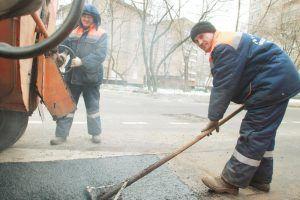 Дороги по нескольким адресам отремонтировали в районе. Фото: Наталия Нечаева, «Вечерняя Москва»