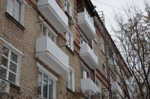 Специалисты проведут капремонт жилого дома в районе. Фото: Анна Быкова