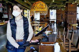 Роспотребнадзор опечатал кальянную в ЦАО за нарушения антиковидных мер. Фото: Антон Гердо, «Вечерняя Москва»