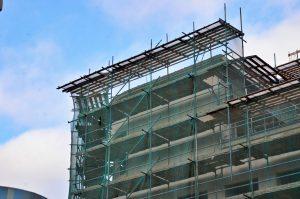 Дореволюционное нежилое здание в районе обновят в ходе капитального ремонта. Фото: Анна Быкова
