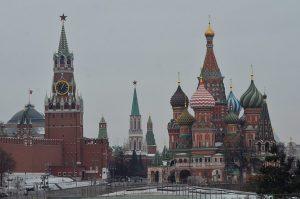 Посетители Красной площади смогут бесплатно привиться от COVID-19. Фото: Анна Быкова