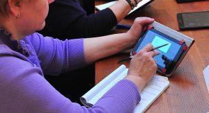 Онлайн-урок провели сотрудники районного центра соцобслуживания. Фото: сайт мэра Москвы