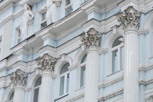 Более 1,5 тысяч исторических объектов отреставрировали в Москве за десять лет. Фото: Анна Быкова