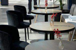 Кафе Gucci на Патриарших прудах могут закрыть на 90 суток за нарушение мер против COVID-19. Фото: Анна Быкова
